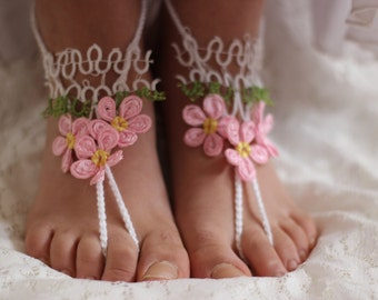 Crochet Barefoot Sandals, Wedding party shoes-Bridal Foot jewelry-Wedding Accessory-Bridal shoes-footless sandals with  pink tatting lace