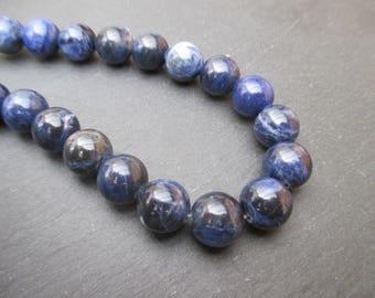 Sodalite: 5 mm round beads 10 - precious stones blue