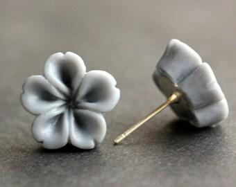 Gray Flower Earrings. Grey Earrings. Silver Post Earrings. Innie Flower Button Jewelry. Stud Earrings. Handmade Jewelry.