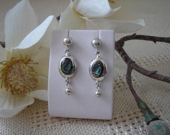 925 Silver earrings with clam, very fancy!