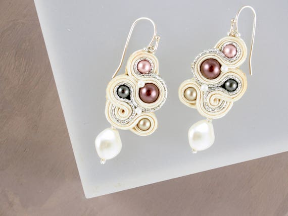 Petite Ivory and Mauve Swirl earrings