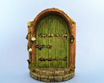 Mystical Green Fairy Door - Fairy Garden - Miniature Gardening - Terrarium Decor - Decoration - Fairy Accessories & Fairy door | Etsy