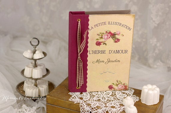 "Garden book  pavillion called ""l'herbe d'Amour "".    linen garden  organizer"