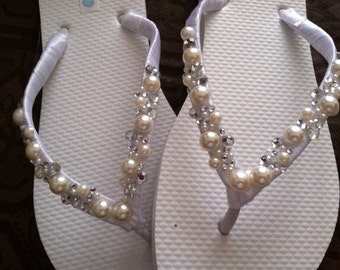 Wilomena Bridal Flip Flops, Custom Flip Flops, Gem Pearl  Dancing Shoes, Bridal Sandals, Wedding Flip Flops, Beach Wedding Shoes