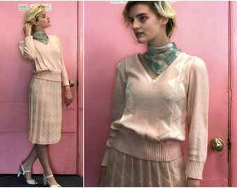 1980s Pale Pink Knit Sweater Skirt Set // Two Piece Dress Pullover & Pleated Pencil Skirt sz S / M