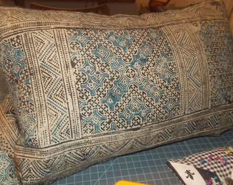 Batik, Vintage Chinese Hemp Pillow cover, Hmong Hill Tribe Lumbar cover