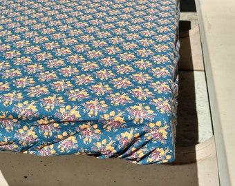 Environmentally friendly outdoor table cloth