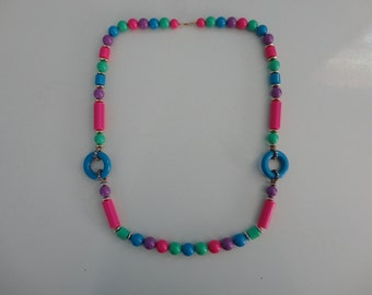 VINTAGE color block style BEADED NECKLACE