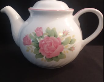 Corelle Coordinates Elegant Rose Teapot