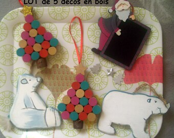 SET of 5 wooden ornaments to hang