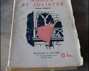 Book antique Romeo and Juliet