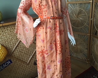 A most beautiful and collectible 1970's Alfred Shaheen butterfly maxi dress.  Alfred Shaheen California Hawaii