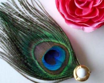 eye peacock feather hair clip - bohemian fascinator - boho peacock hair accessory - hair accessories for women - bridesmaid gift - DARLENE