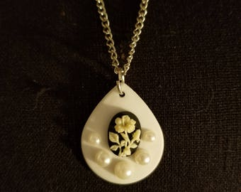 Flower Cameo Teardrop Necklace
