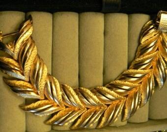 vintage jewels ...  Stunning CORO PEGASUS marked BRACELET wide leaf dual pattern ...