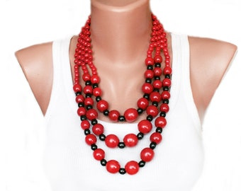 Red ethnic necklace from Ukraine women Beaded jewelry fashion short red necklace bright wooden necklace folk national anniversary gift