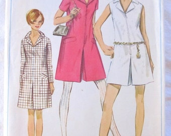 vintage SIMPLICITY 7581 sewing pattern-- Juniors and Misses PANTDRESS in 2 lengths-- size 14 --(1967)
