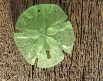 Sea Glass Large Sand Dollar Pendant Peridot Green 40mmx36mm (1)
