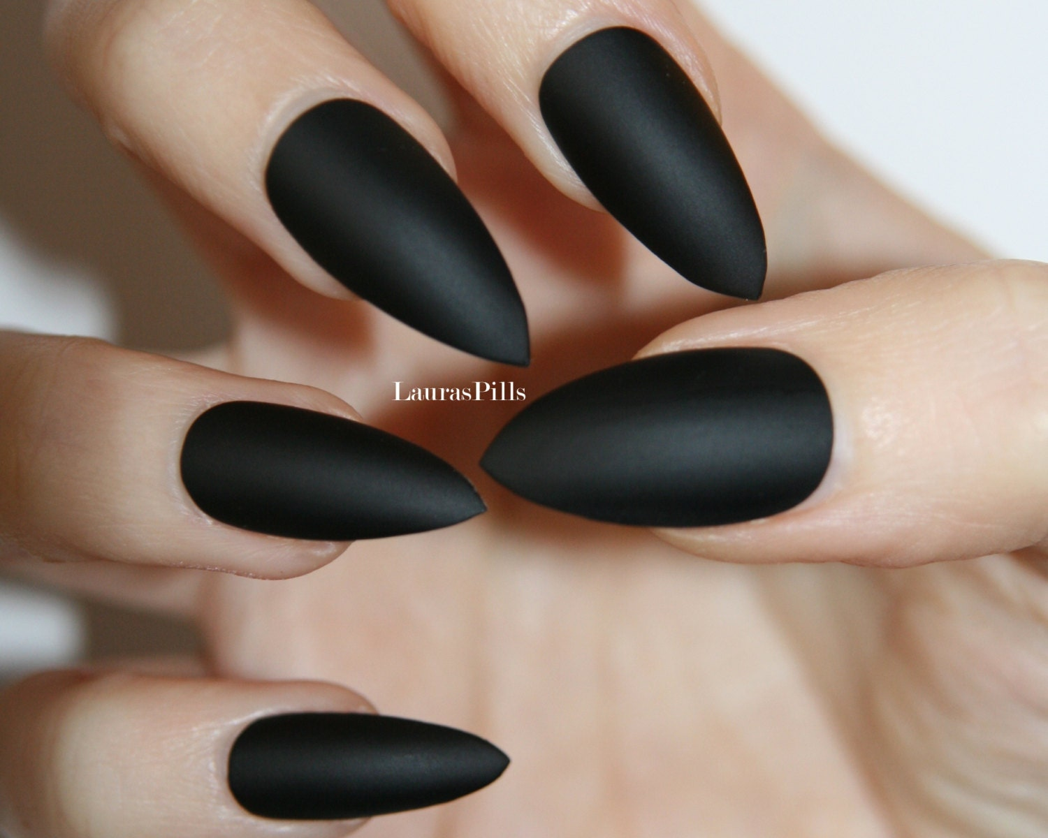 Matte Black Stiletto false nails