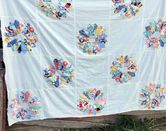 """Vintage Dresden Plate Feed sack Floral Quilt Topper 63x82"""""""