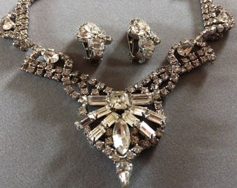 WEISS Stunning Rhinestone Necklace and Clip On Earrings Demi Parure