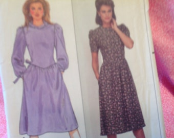 Vintage Butterick Pattern 4947, Belle France pattern, dress pattern, size 8 dress pattern, uncut pattern