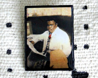 Haile I-traits Marcus Garvey Pin ~ Harlem Renaissance art ~ Badge Pin African Brooch~ UNIA Art Memoribilia ~ RBG jewelry