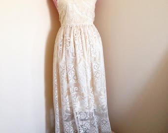 Vintage lace maxi dress SMALL
