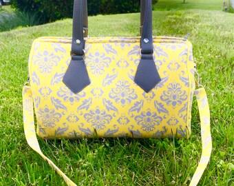 Classy yellow Blanche