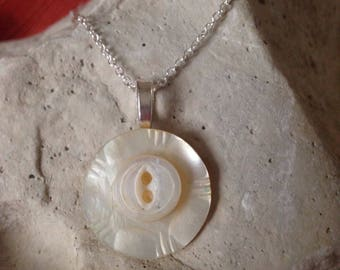 "3/4"" Layered white antique mother of pearl button pendant"