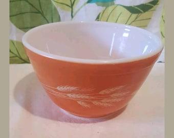 Vintage Pyrex Autumn Harvest 401 Small Cinderella Bowl