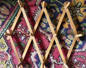 Vintage Wooden Wood Accordion 10 Peg Rack // Coat Tie Scarves Jewelry Organizer Wall Hooks