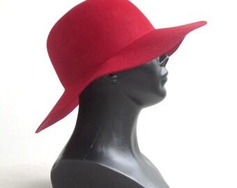 "hat"" elegant""/hat/classic/wool//hat stylish/light-grey/mod/winter/elegant/hat autumn/by ELENAMODA"