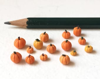 1:48 Pumpkin LOT- Quarter Scale Halloween Dollhouse Miniature- 1/4