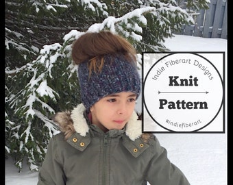 DIY KNITTING PATTERN // The Messy Bun Beanie // Ponytail Knitted Hat  // Chunky Super Bulky Yarn
