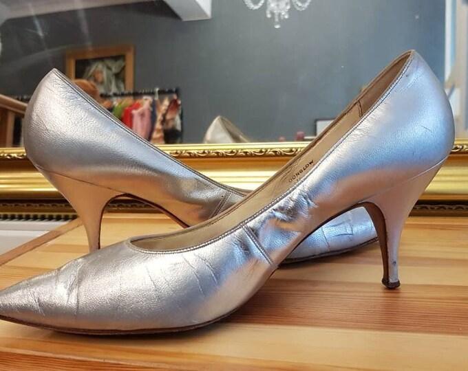 Vintage Bally Metallic 1960s 60s Kitten Heel Silver Court Shoe UK 7 41
