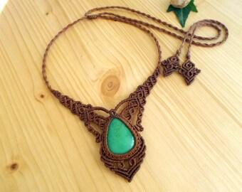 Chrysoprase macrame necklace, macrame jewelry, tribal necklace, chrysoprase jewelry, macrame stone, gemstone necklace, bohemian jewelry