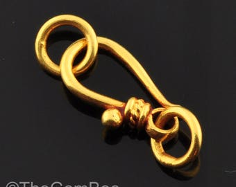 7.2mmx13mm 18k Solid Gold Old-Fashioned Hook Clasp