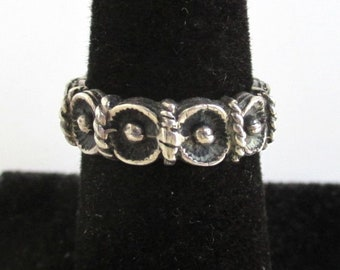 925 Sterling Silver Band Ring - Vintage Raised Pattern, Size 6 - Open On One End