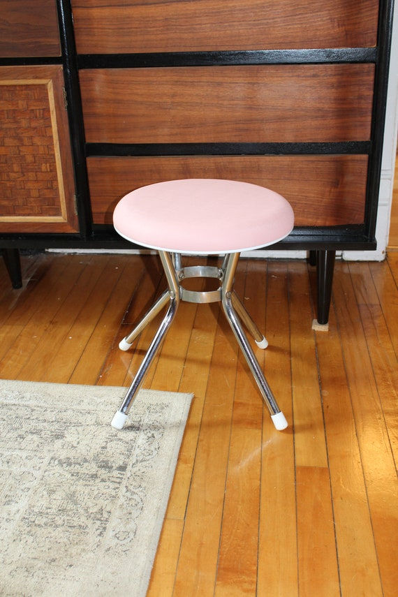 Mid Century Vanity Stool Pink Seat Chrome Legs Cosco Vintage 1960s