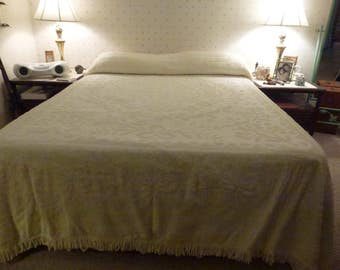 Vintage Chenille Bedspread with Fringe*Full Size or Queen with a Dust Ruffle* Pale Yellow Hobnail Chenille