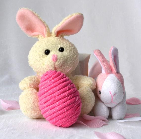 Easter Egg Bowl Filler, Pink Egg Ornament, Handmade Easter Egg Decoration, Pink Hand Coiled Fiber Easter Egg
