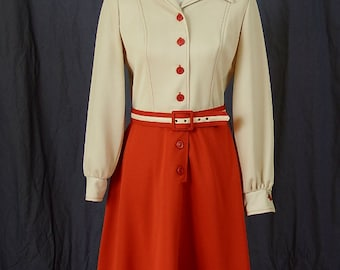Amazing 1970s Secretary Professional Long-Sleeve Vintage Dress with Matching Belt