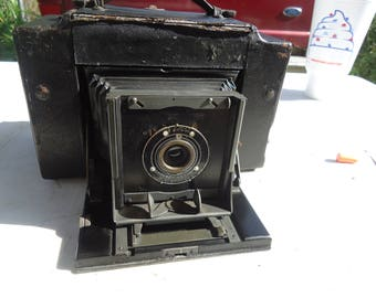 Vintage or Antique 1916 Kodak 3-A Graflex Camera With Carrying Case, collectable