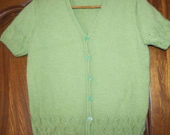 Beautiful green vest short sleeves(rounds)
