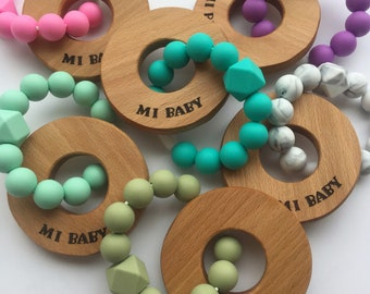 Natural Teething Rattle // Montessori Toy Baby Gift Shower // Silicone Beads //Wood Rings // Teether Natural