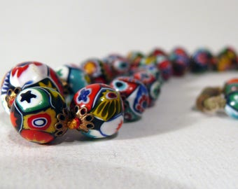 Colorful old vintage 70s Murano hippie necklace MILLEFIORI necklace chain glass beads small olives