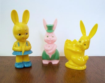 Knickerbocker Rosbro 3 Hard Plastic Bunny Rabbits