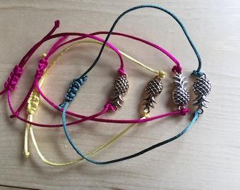 Silver/Gold Pineapple Square Knot Sliding Bracelet