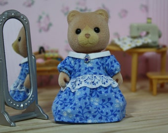 Blue Floral Dress with White Collar, Calico Critter Clothes, Sylvanian Families Clothing, Calico Critters, Sylvanian Families, Blue Dress